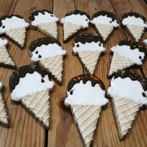 Icecream cone biscuits cookies 500