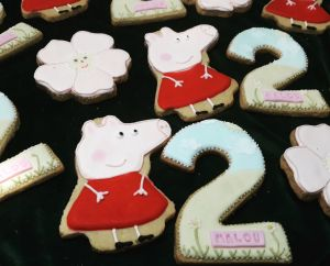 Malou birthday biscuits 300