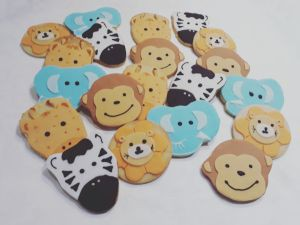 Baby shower animals biscuits B