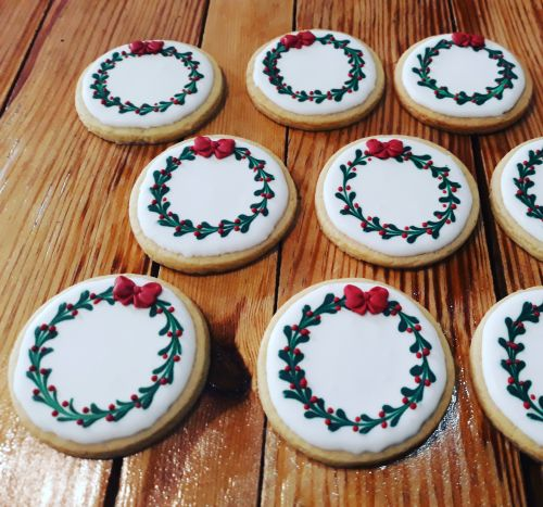 Christmas Wreath Biscuits-Cookies 500