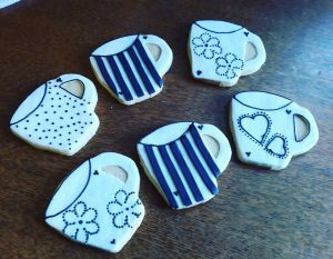 Homemade biscuits: Coffee mugs A 300