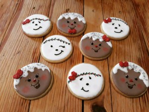 Gingerbread man and snowman faces 500