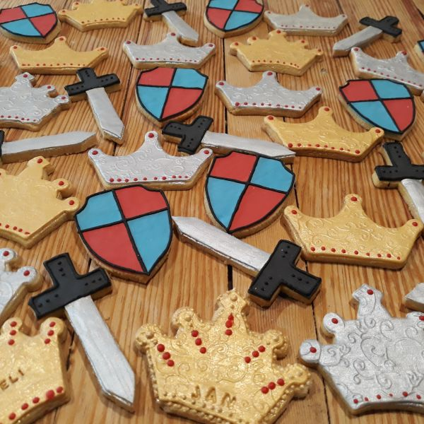 Homemade Medieval Party Biscuits 600