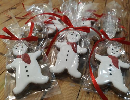 Homemade Snowmen biscuits A 500